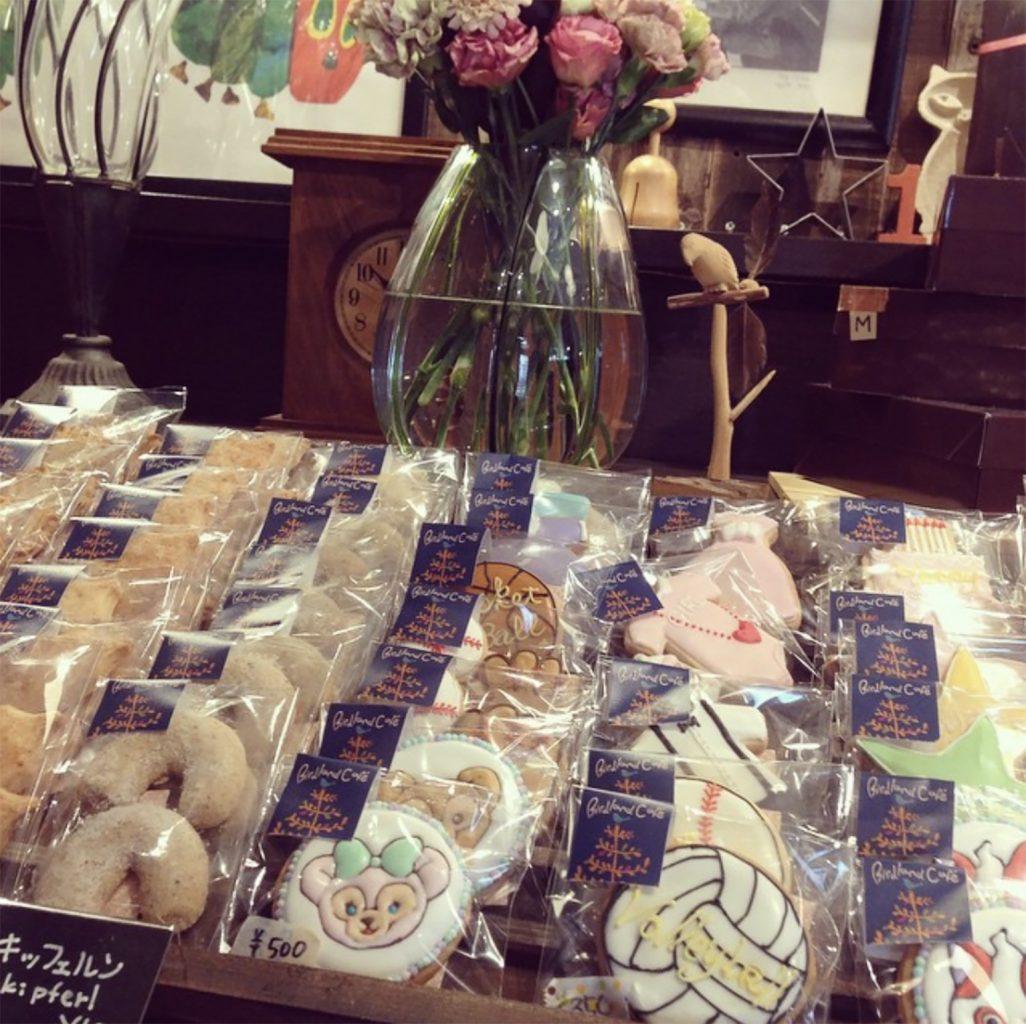 バードランドカフェのアイシングクッキー