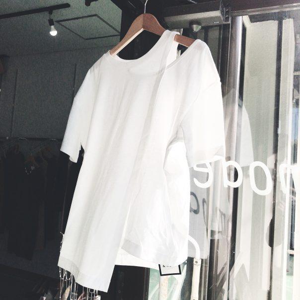 アシンメトリーTシャツ