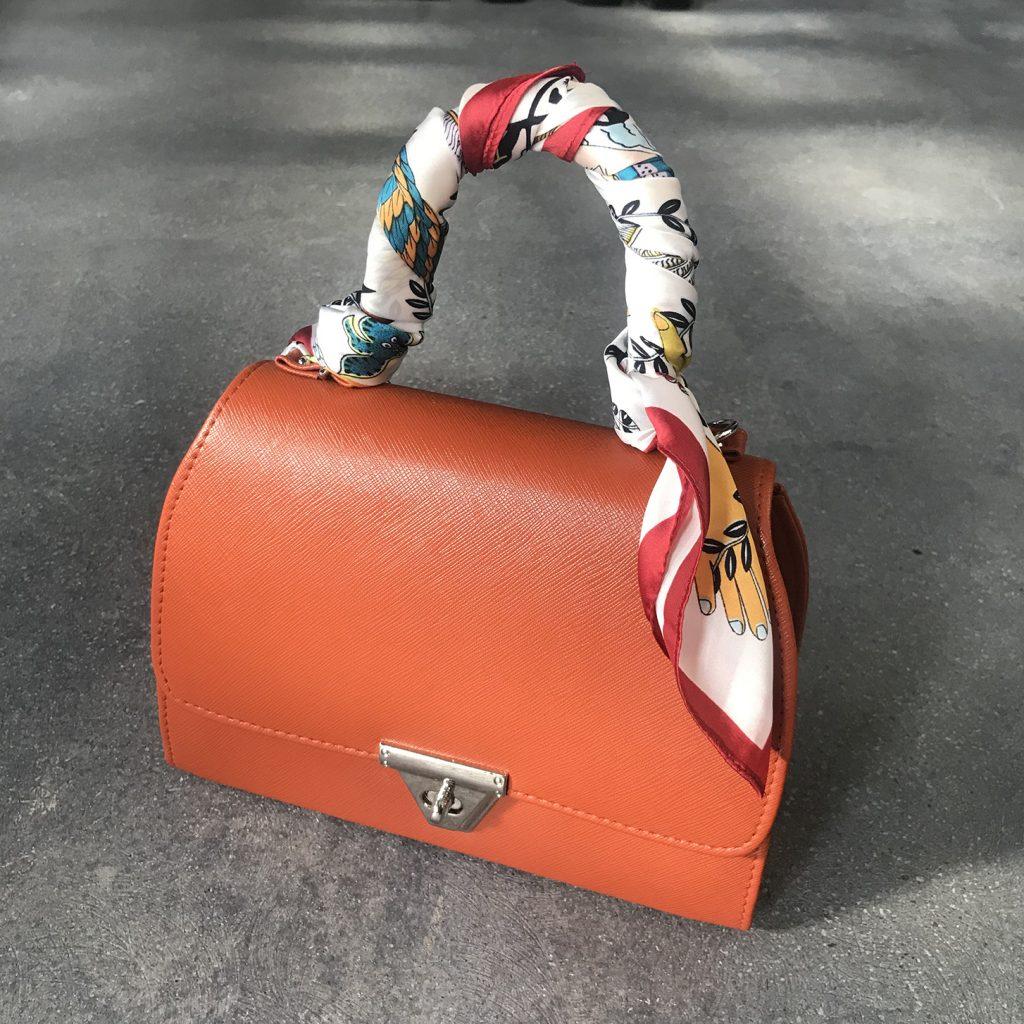 スカーフアレンジ1