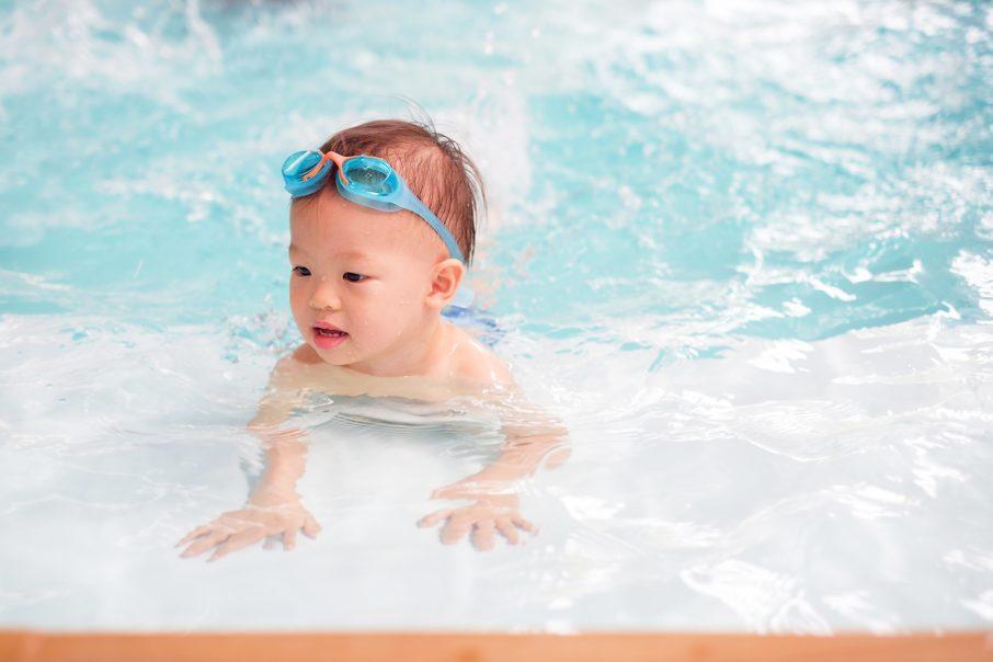 赤ちゃんとプール