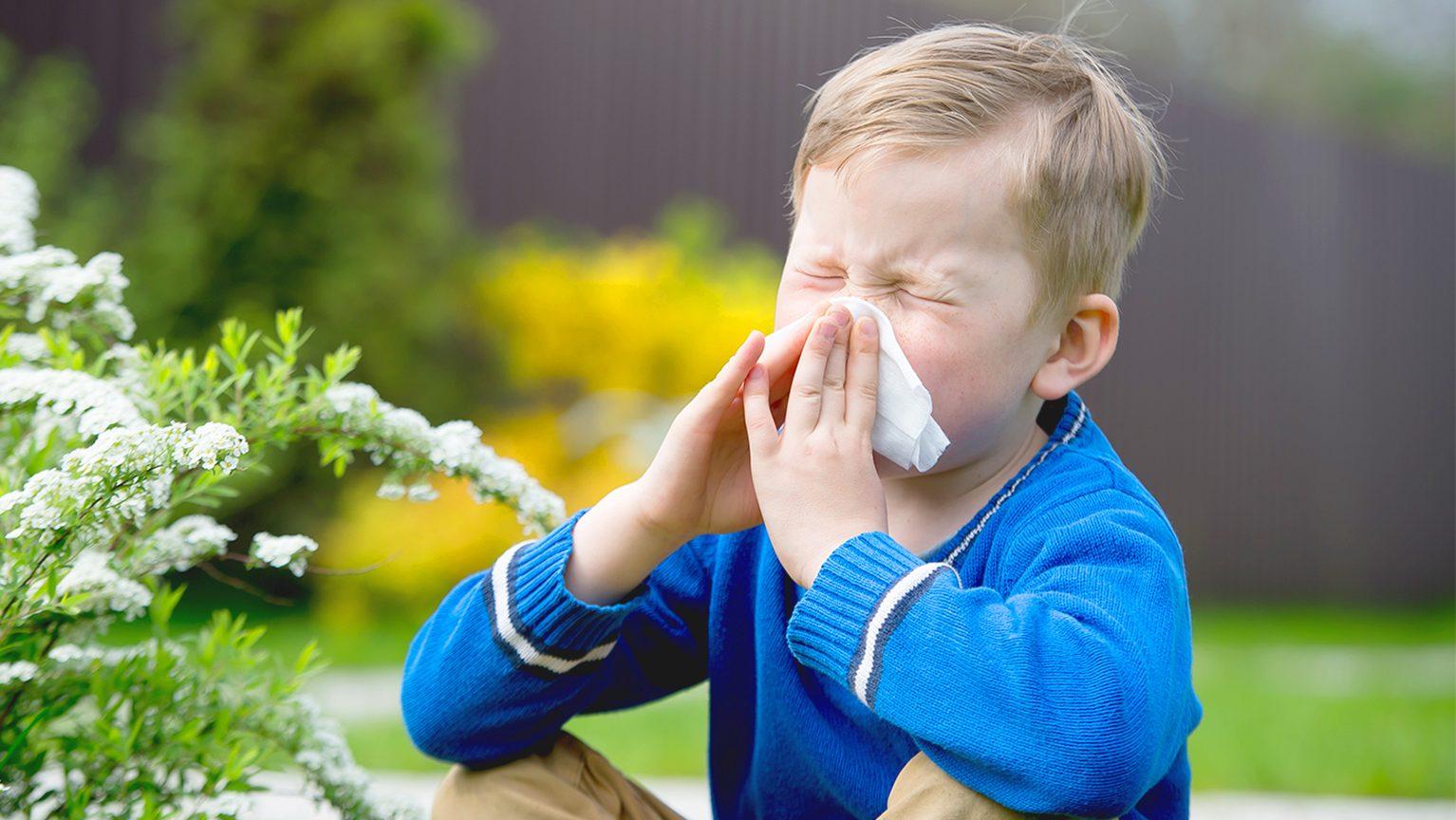 花粉症の子ども