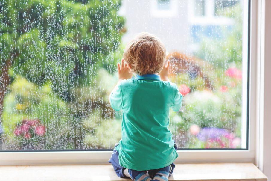 雨と男の子