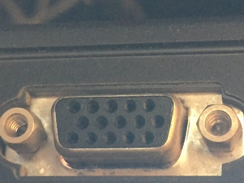 ノートパソコン端子